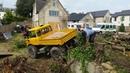 Unimog 406 pulling stumps 6
