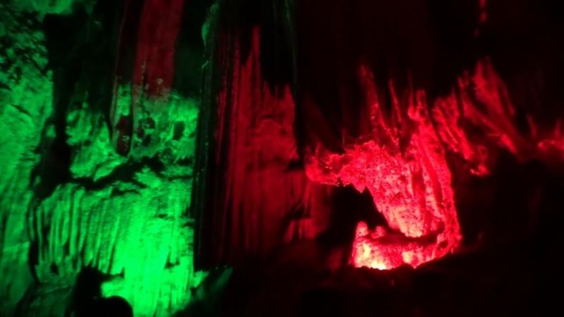 Пещера Тростниковая флейта. Путешествуем по Китаю.