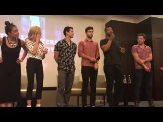 THOSBE VLOG  SHADOWHUNTERS CONVENTION ft. The Shadowhunters Cast