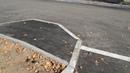 Тротуар в полтора метра возмутил жителе вод дворе с ремонтом по Комфортной среде