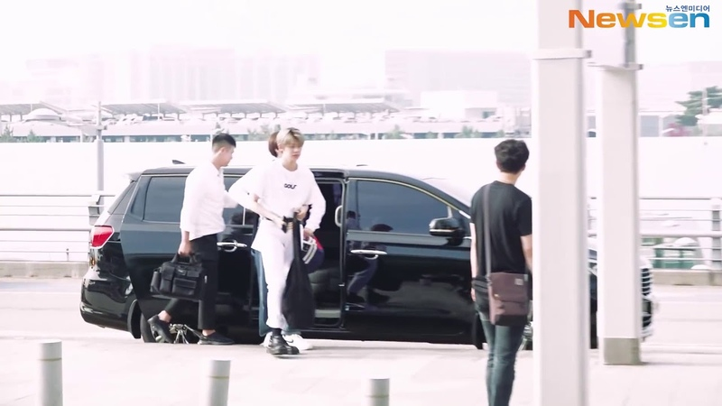 190705(TXT) at Incheon Airport Departure to NYC.