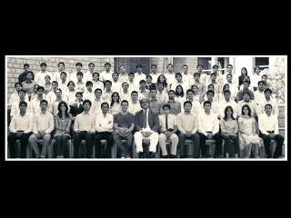 Три Идиота. Индийский фильм. 2009 год. В ролях: Амир Кхан. Мадхаван. Шарман Джоши и другие.