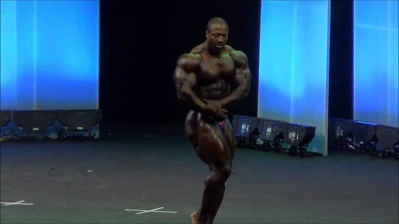 Shawn Rhoden free poses routine at Arnold Classic Europe 2014 Bodybuiling IFBB Pro