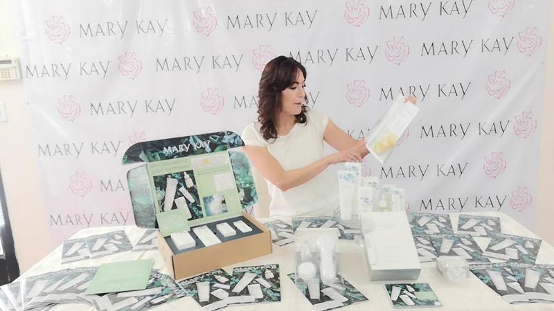 Mary kay Naturally (Nueva linea del Cuidado de la piel Natural ) USA