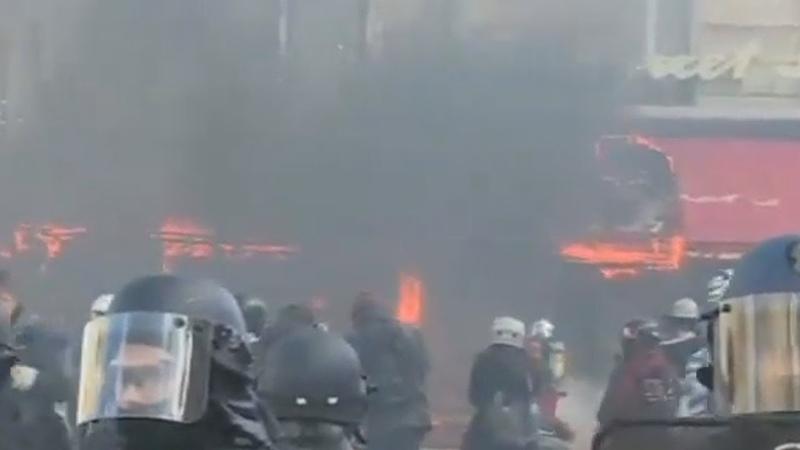 Acte XVIII des Gilets Jaunes Le Fouquet's est incendié 16 03 19