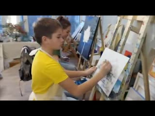 Рисуют мальчики, рисуют мамы мальчиков