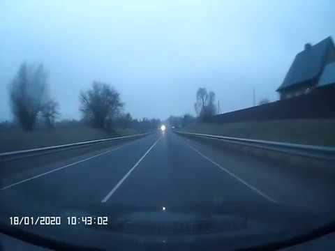 На трассе Гусев Черняховск фуру с прицепом занесло на полосу встречного движения