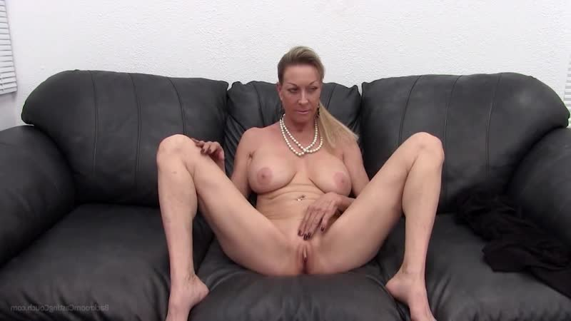 Трахнул бабушку на собеседовании, sex milf granny mom porn POV tit ass boob love bang fuck cum (Инцест со зрелыми мамочками 18+)