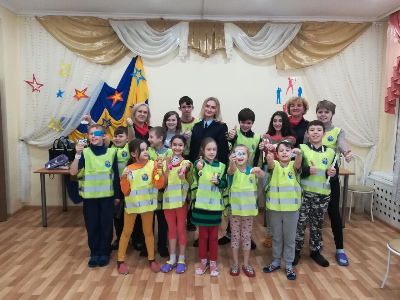 Сотрудники полиции УМВД России по Коломенскому городскому округу приняли участие в акции «День правовой помощи детям»
