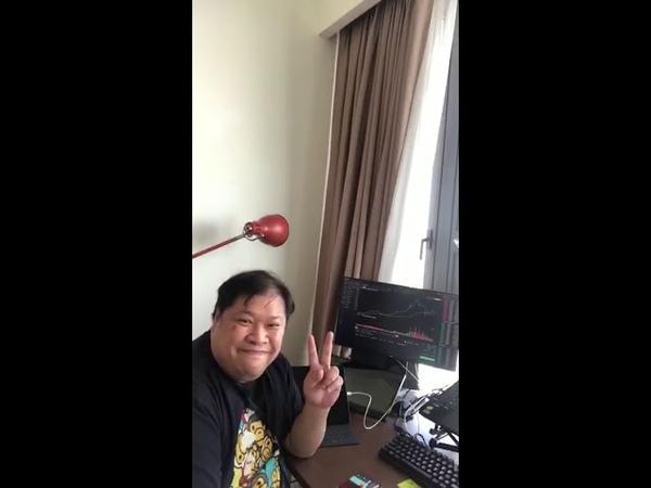 Ronald Aai показывает как идет торговля в Cloud Token Счет 154 млн $ на Binance