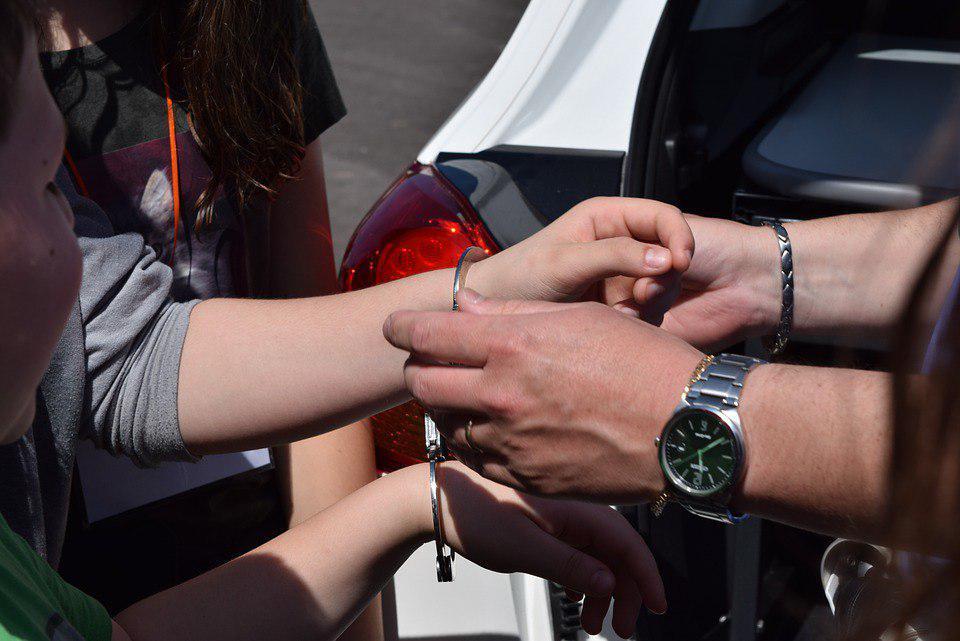 Девушку с наркотиками задержали в Некрасовке