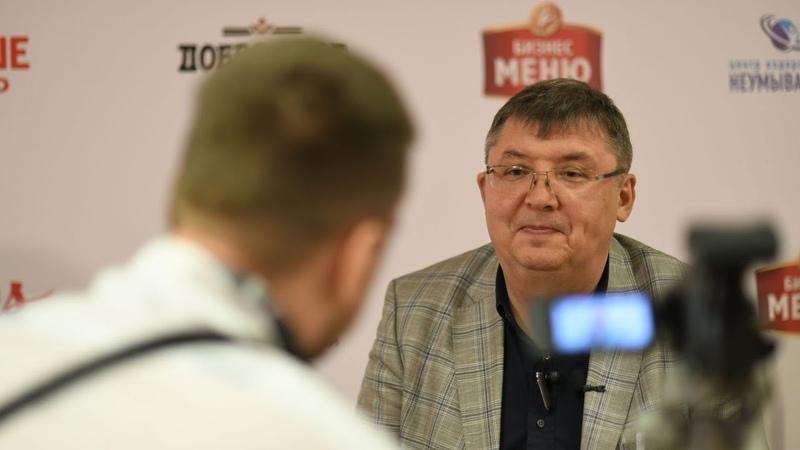 Промоутер Зяки Юнисов Зарабатывать на боксе не получается но цель есть