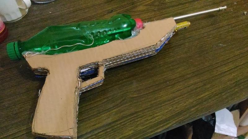 Membuat Mainan Pistol Spirtus Dari Barang Bekas