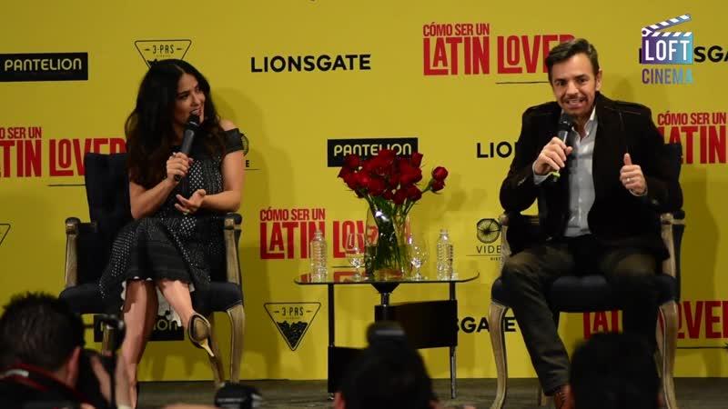 Сальма Хайек и Эухенио Дербес на презентации фильма Как быть латинским любовником в Мехико 03 05 2017