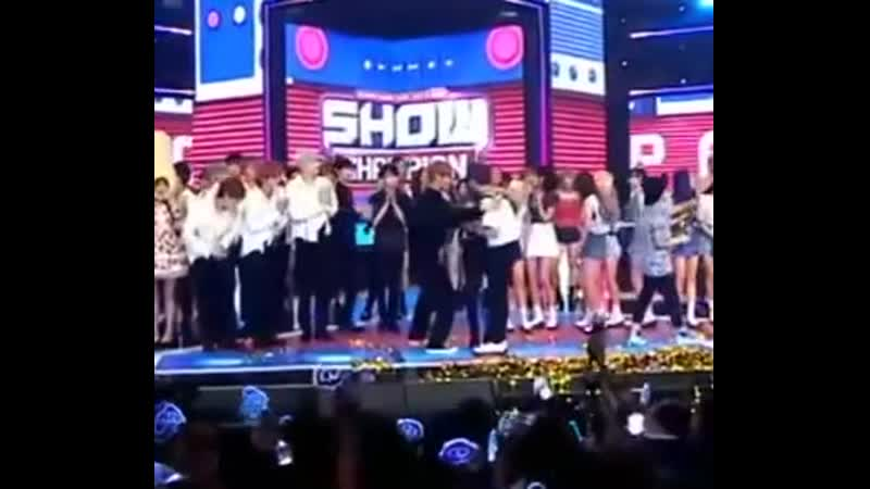 Хену, Мунбок, Хисок поздравили Сонуна с победой Limitless Hyunwoo Moonbok Heeseok Sungwoon