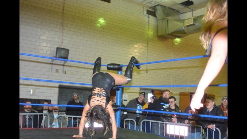 Twerk Buckle Smash - Absolute Intense Wrestling