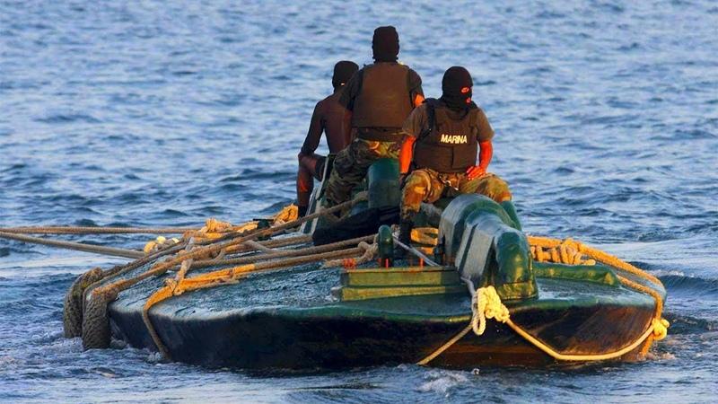 ЧЕРЕЗ ОКЕАН НА САМОДЕЛЬНОЙ ПОДВОДНОЙ ЛОДКЕ КОНТРАБАНДИСТОВ Невероятная История Колумбийского Рыбака