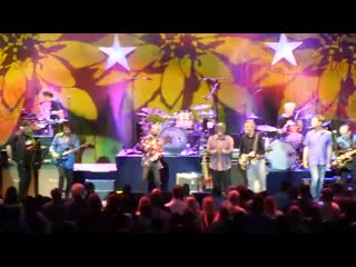 Ringo starr & the beach boys - with a little help from my friends (04.08.19)