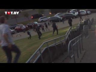 #necro_tv: Драка протестующих с ОМОНом в Минске, люди отбивают задержанных