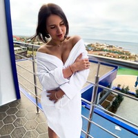 Алина Яроватая
