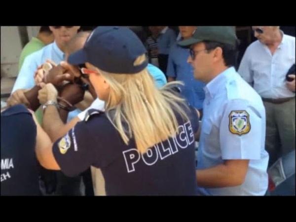 Επεισοδιακή σύλληψη αλλοδαπού στο κέντρο της Πά 96
