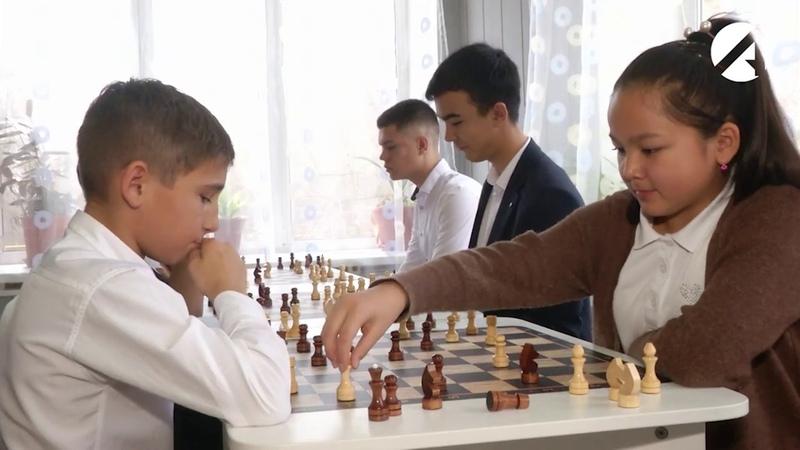 В сельских школах Астраханской области повсеместно открываются центры «Точка роста»