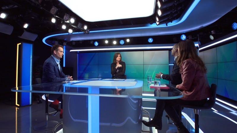 POLIT'MAG - La Réunion : Macron sur un volcan !
