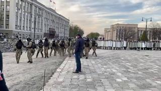 СРОЧНО! ОМОН Владикавказ Северная Осетия сход жителей перерос в столкновения администрация