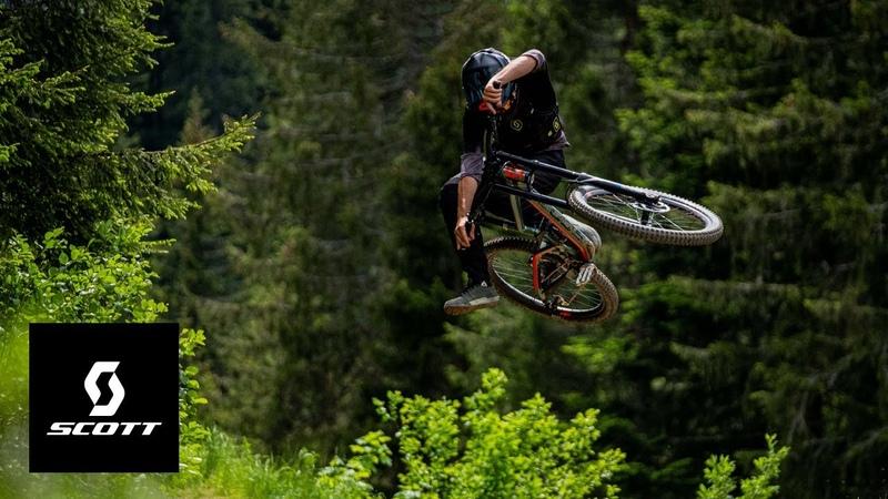 In Reach w Nico Vink KJ Needles Vinny T Antoine Buffart Alex Volokhov