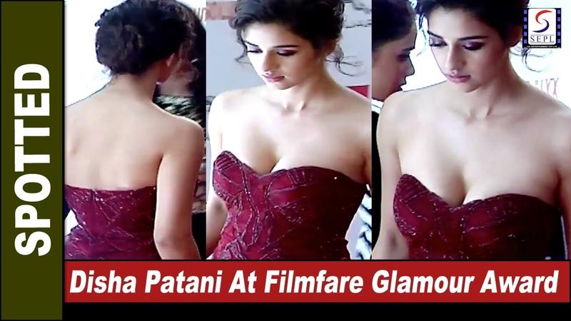 Very S**XY Disha Patani At Absolut Elyx Filmfare Glamour Style Awards 2016