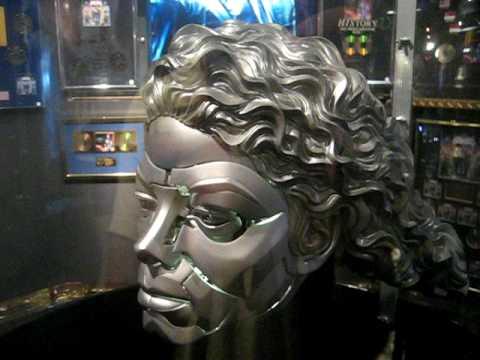 Michael Jackson Auction Robot Head