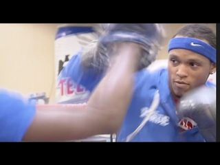 🦁THE BEAST IN TEXAS!!🦁! - ANTHONY YARDE IMPRESSES FANS WITH  SLICK PAD ROUTINE -  WITH TUNDE AJAYI