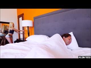 Elsa Jean - в комнате у папы [Amateur, Teen, Porn, Tits, Pussy, Sex, Anal, Blow job, incest]