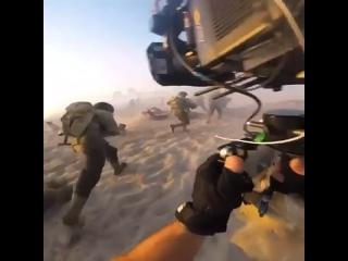 А вот таким способом снимают сцены для игр виртуальной реальности.  Многие думают, что в играх зачастую лишь графика))
