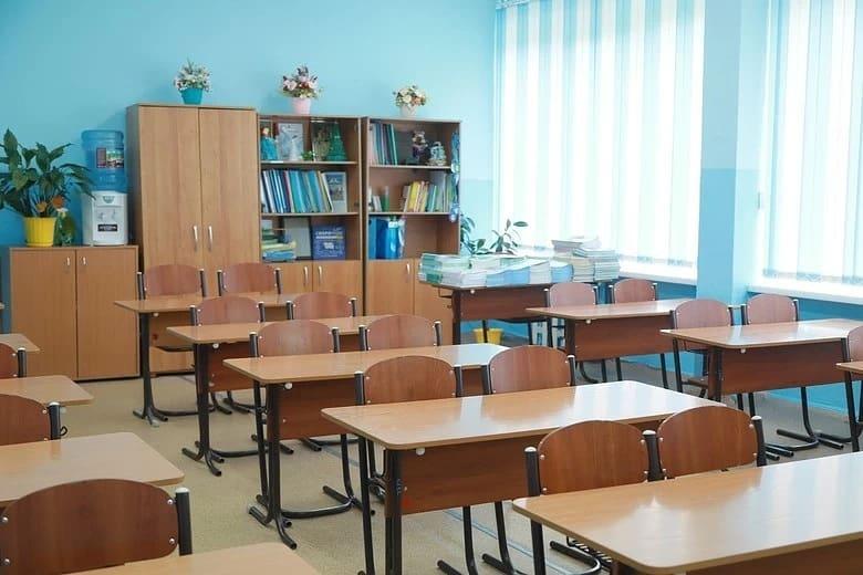 После каникул в школах региона планируется продолжить очное обучение