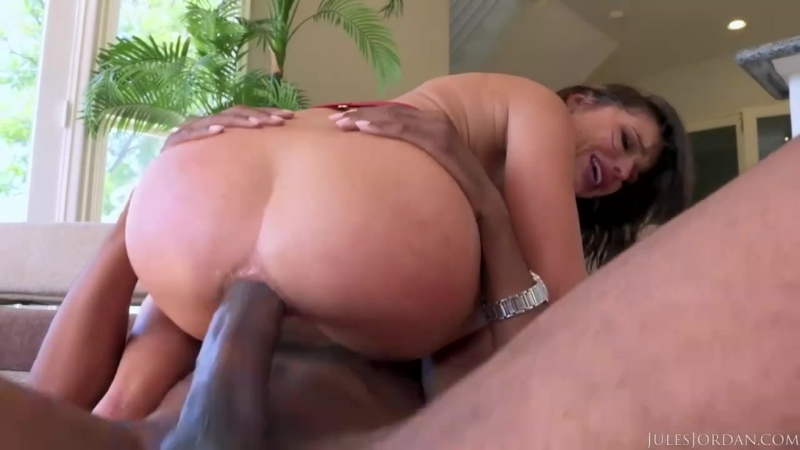 Adriana Chechik - Dredds BBC Drills Adriana Chechiks ASS For A Squrting Orgasm - Anal Squirting