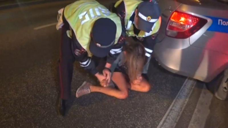 В Перми пьяная женщина водитель укусила инспектора ДПС