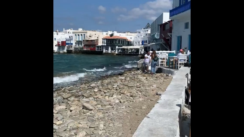 Зульфия на острове Миконос