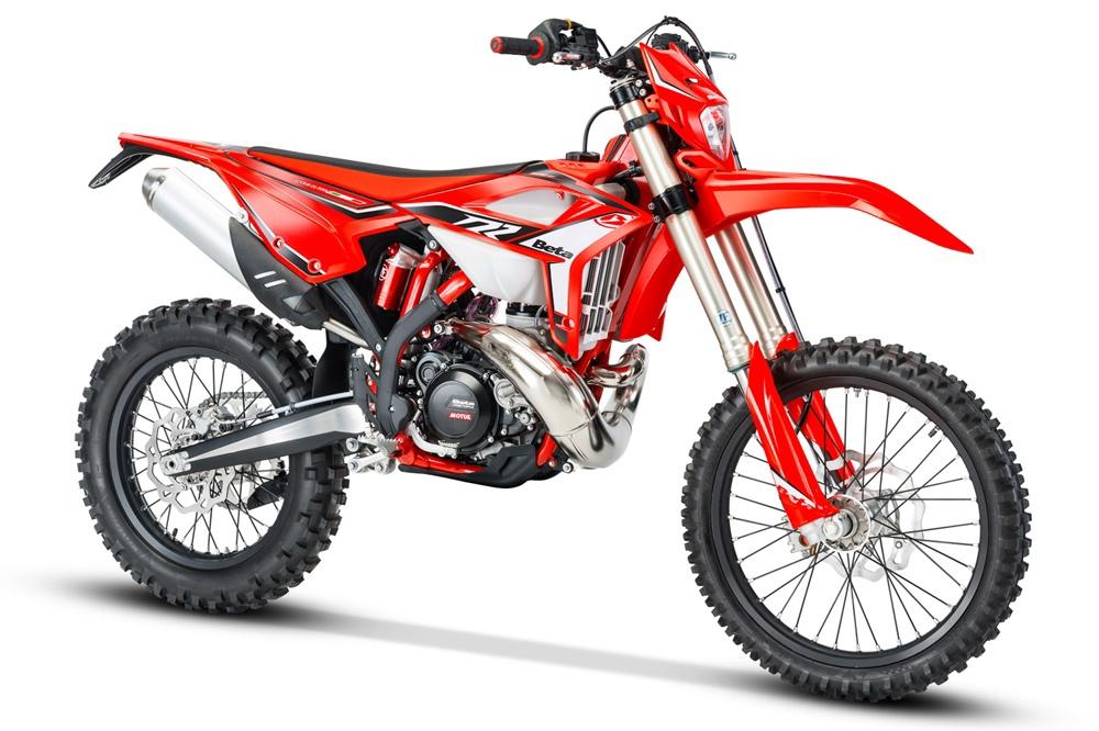 Модельный ряд двухтаткных эндуро Beta RR 2021