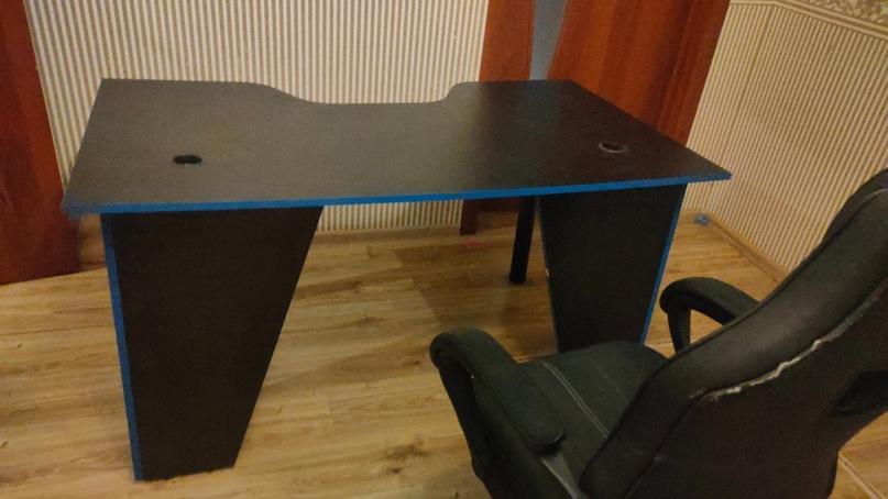 Купить стол в отличном состоянии. | Объявления Орска и Новотроицка №23957