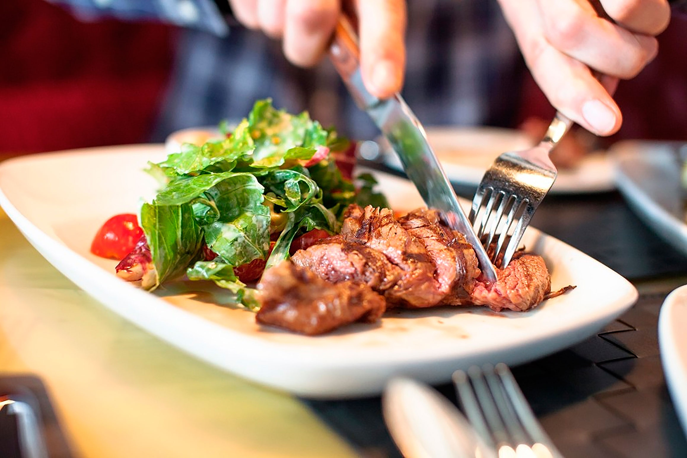 «Мясо по-самарски» 170 гр 148=00 (свинина жар.,