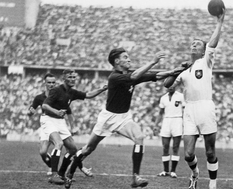 Как это было. Первая гандбольная Олимпиада. Ручной мяч 11 на 11 в антураже нацистской Германии, изображение №1