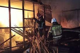 Сегодня, в Березовском загорелась частная пилорама...