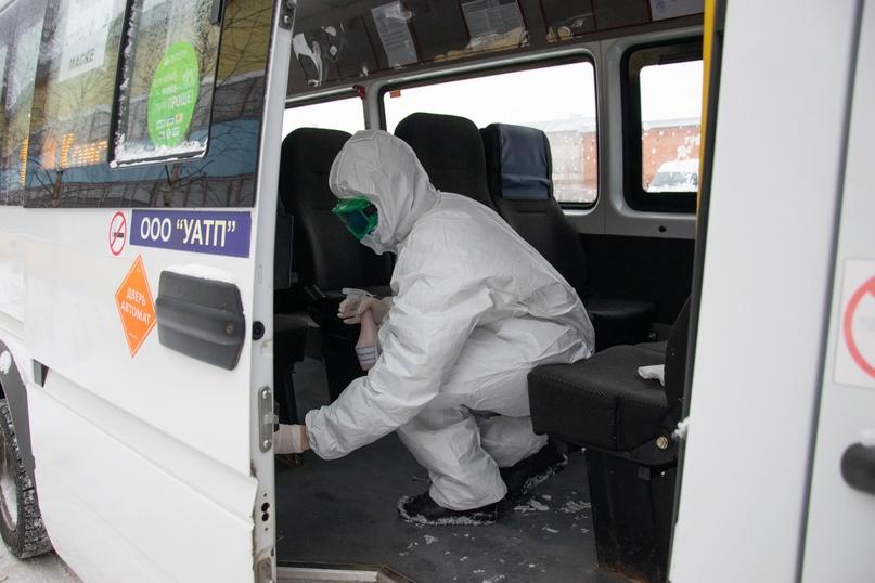 В Ухте проверили соблюдение дезинфекции в автобусах, изображение №2