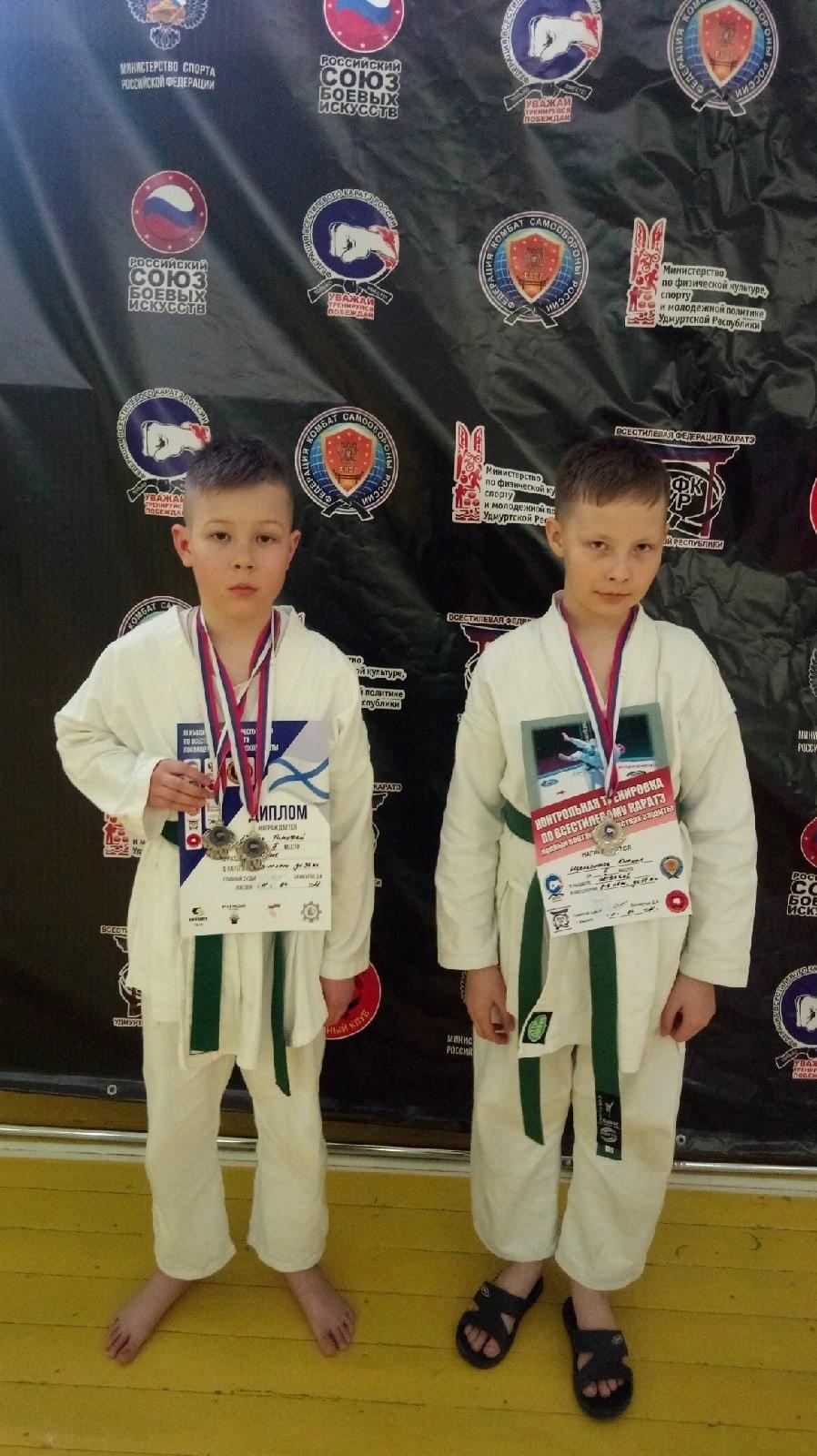 18 медалей привезли юные можгинцы с соревнований