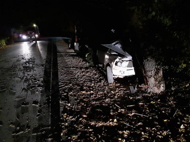 В Крыму подросток на ВАЗе протаранил дерево - погибла 16-летняя школьница [фото]    https://obyektiv.press/node/