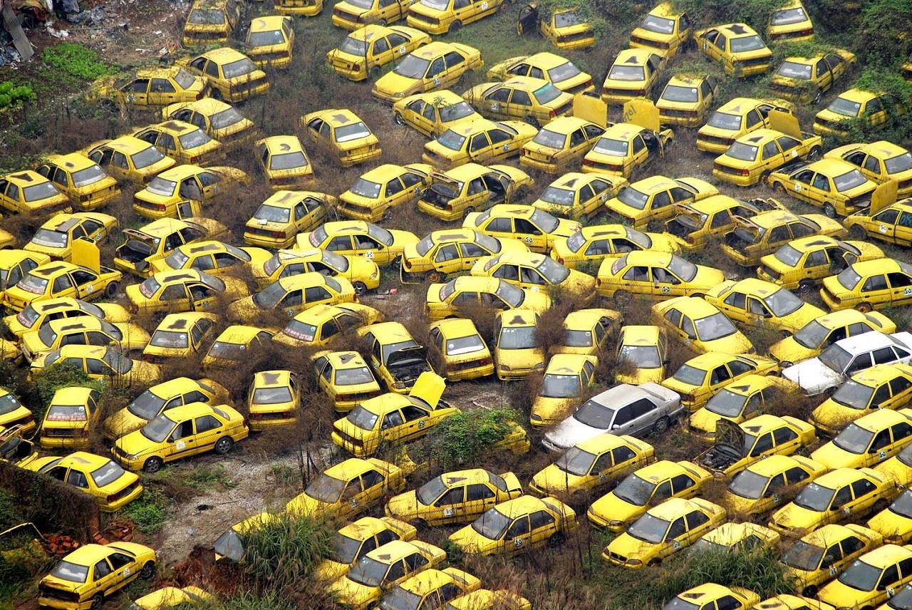 Кладбище такси в Китае