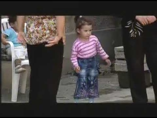 Karmir Te Sev (Armenia TV) (Hovanavor + Govazd) (@ntanekan Zar) ()