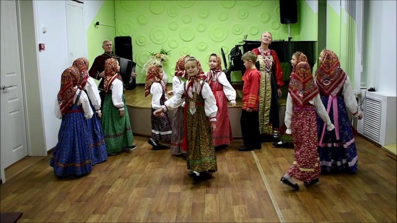 Фольклорный ансамбль Крупинка г Пенза хороводная песня Саратовской области Рябина