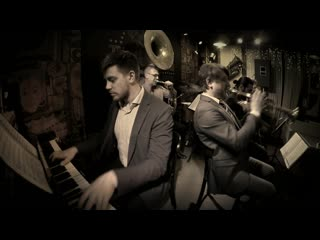 Moscow Ragtime Band - Ain't Gonna Give Nobody None of My Jelly Roll